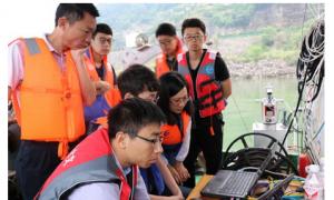 山科海洋测绘科研团队进行水下地形测绘关键技术试验
